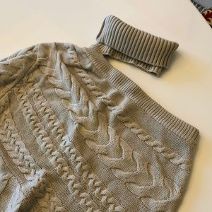 Cable knit 1 sleeve turtleneck sweater